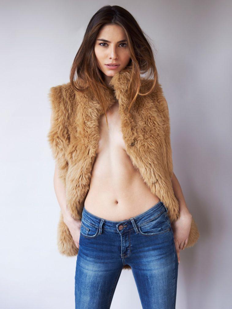 Top 10 Most Beautiful Women of Greece